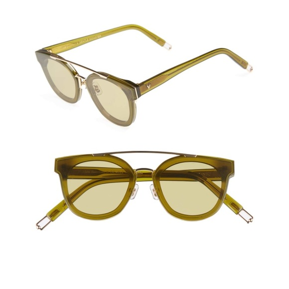 899d177fc9916 Tilda Swinton x Gentle Monster Newtonic Sunglasses.  M 5a592c99a825a62671d1f73c